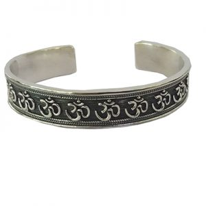 925 sterling silver bangle, silver bangle, round bangle, adjustable bangle, buy silver bangle online, buy silver bangle online, buy Silver Stud bangle online
